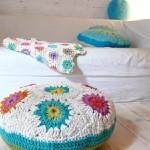 Вязаная подушка 1