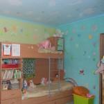 Детская комната роспись стен по трафарету