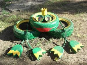 Царевна лягушка из шин
