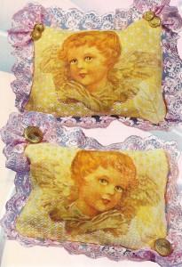 Подушка с ангелочками в стиле декупаж