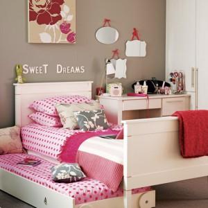 Кровать для двух девочек