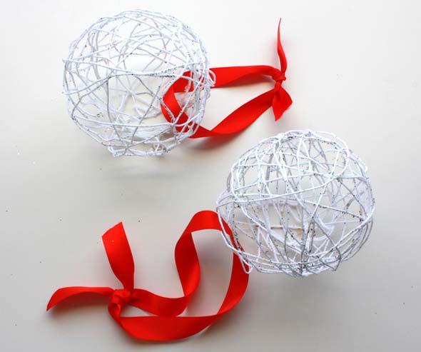Декорирование шаров из ниток