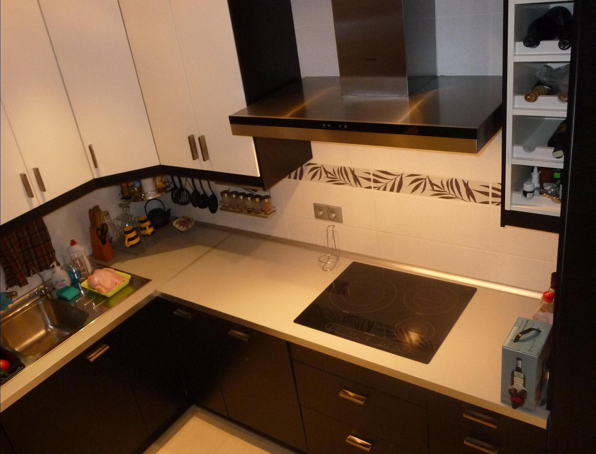 Дизайн кухни в хрущевках фото угловые