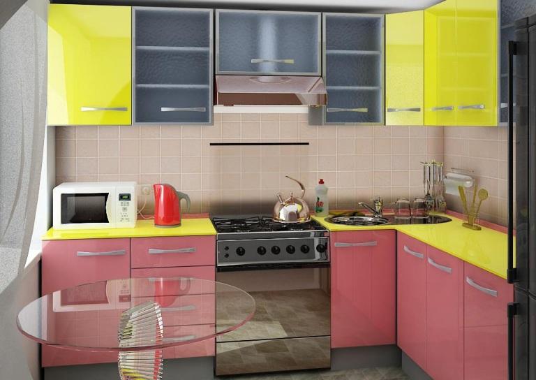 Дизайн кухни фото в хрущевке с колонкой