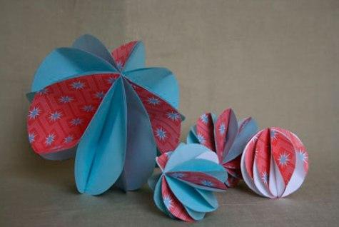 Бумажные украшения-шары
