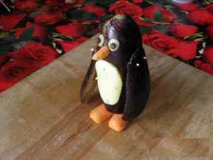 Пингвин из баклажана