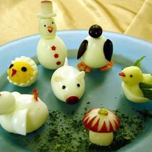Зайчата, поросята из яиц