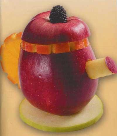 Чайник из яблока