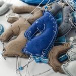 Елочная игрушка - лошадь