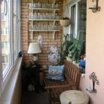 Уютный уголок на балконе