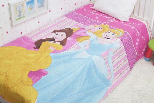 Кровать с принцессами