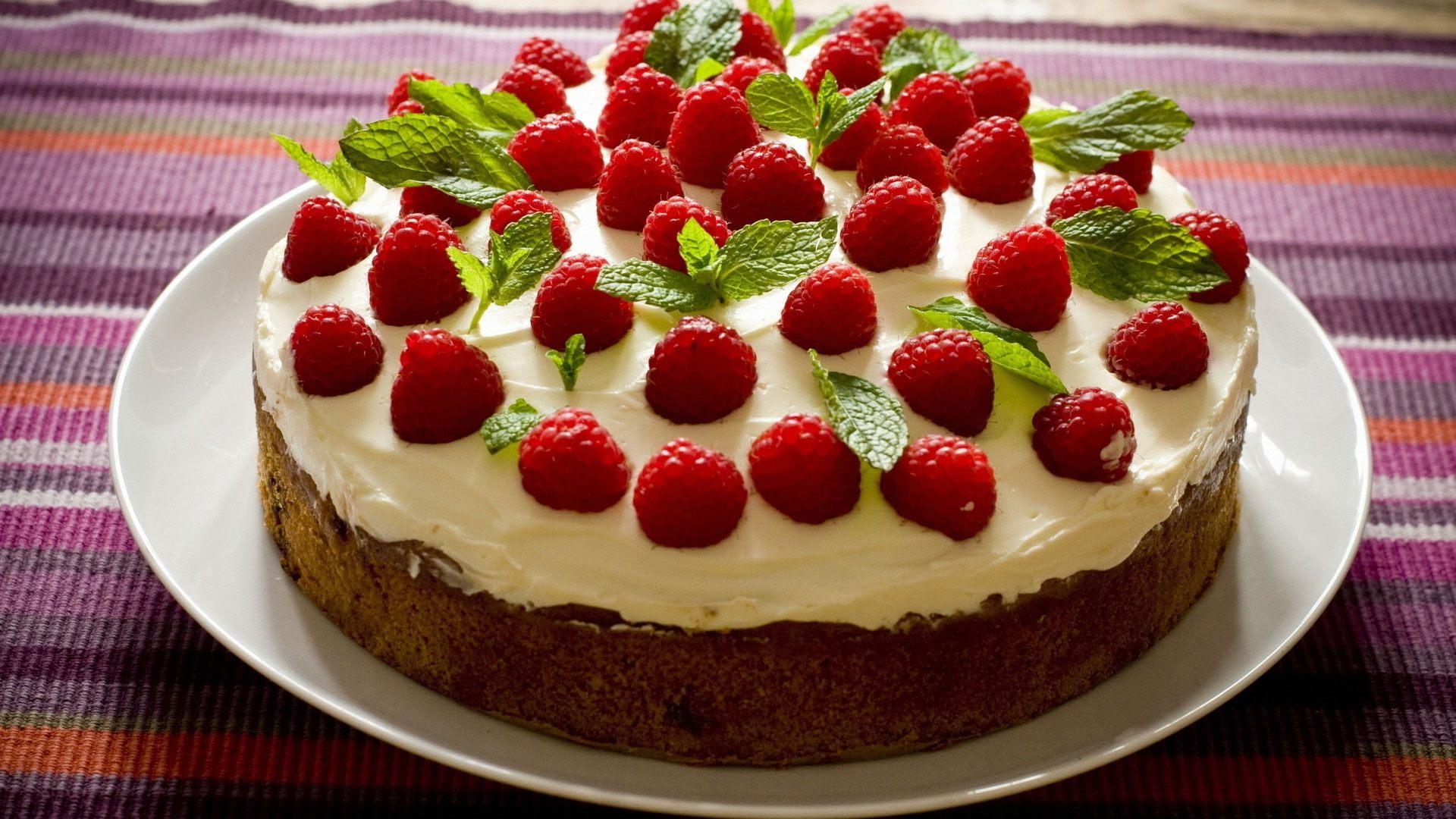 Пирог на день рождения своими руками